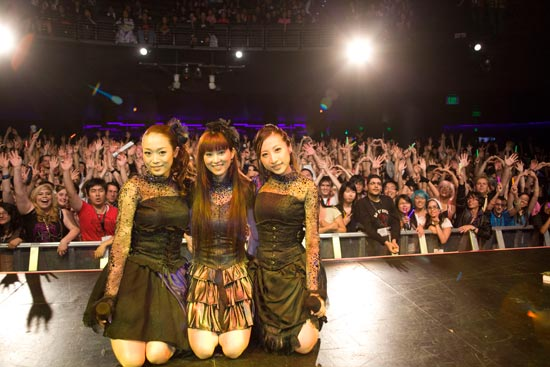Its Been Awhile Since We Covered The Work Of Kalafina For Those Who Dont Remember Group Is A Trio Vocalists With None Other Than Yuki Kajiura As